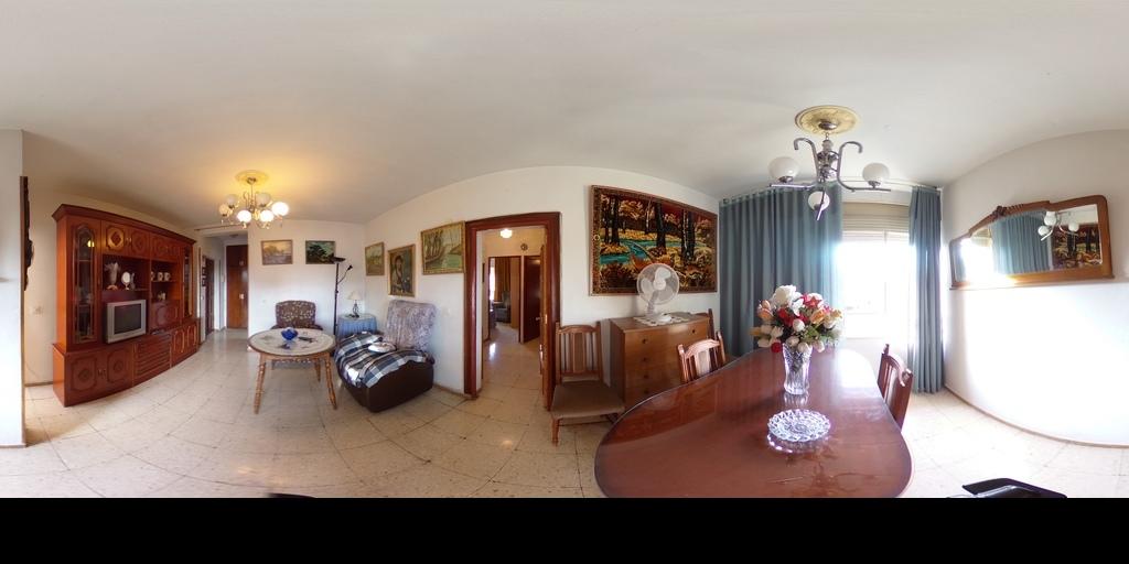 Fantástico piso en Caseria de Montijo.