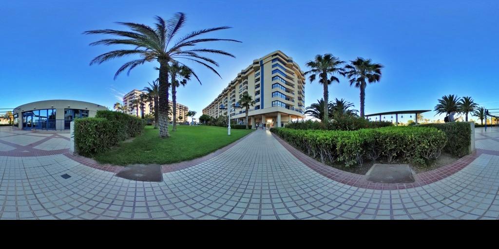 RE/MAX URBE II Apartamento en la Patacona Valencia