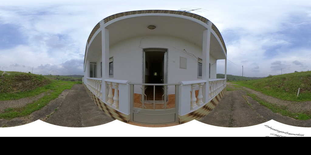 Odemira, Santa-Clara - Moradia T2 99m2 e 4250m2