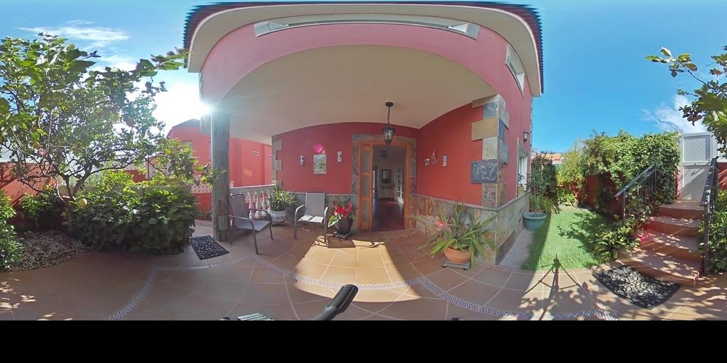 Chalet en Los Lentiscos con jardin