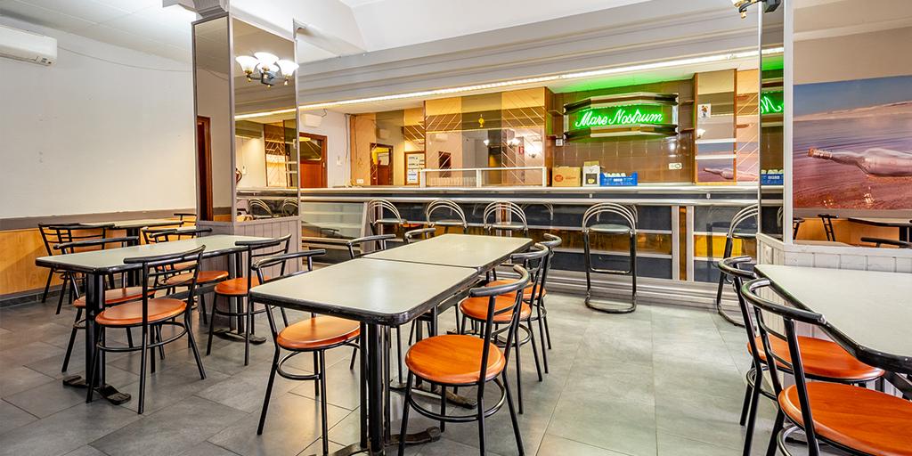V0125 - Restaurante C/ Sir  Esteve Morell Scott nº