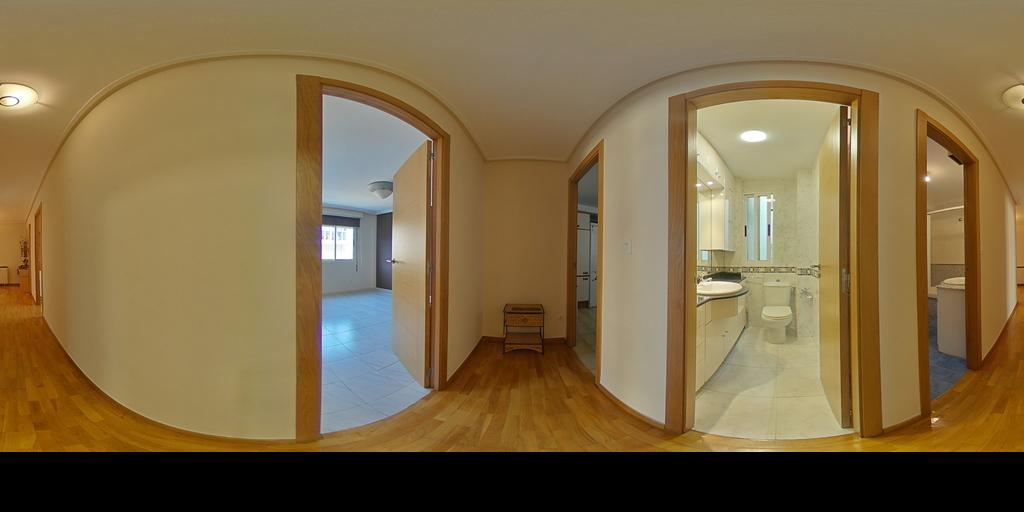 Exterior. 3 habitaciones. Zona Couto