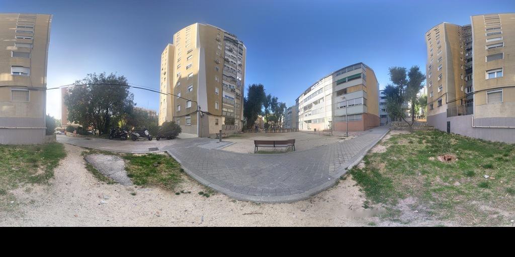 Calle poeta Blas de Otero