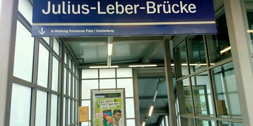 S-Bahn Station Julius-Leber-Brücke