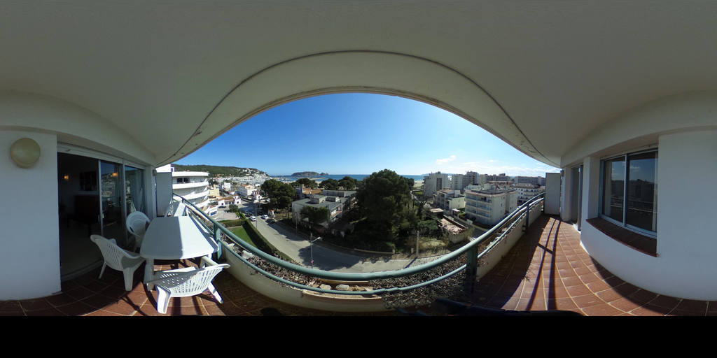 CEIGRUP TORRENT apartament a l'Estartit amb vistes