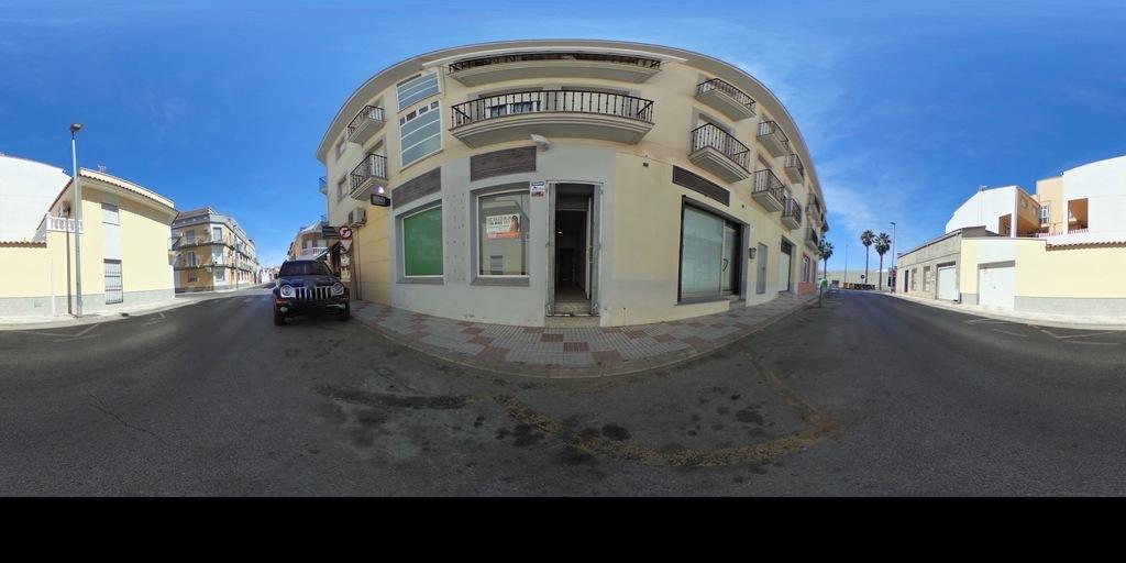 local en alquiler en la zona de Canovas