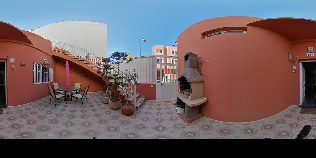 Casa con terraza en Arinaga