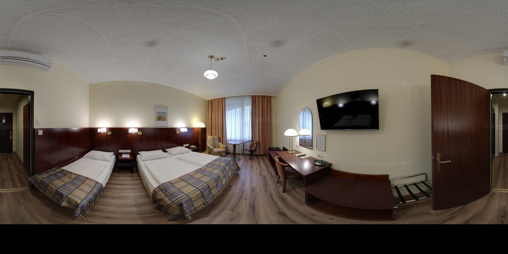 Continental Hotel - Triple Room