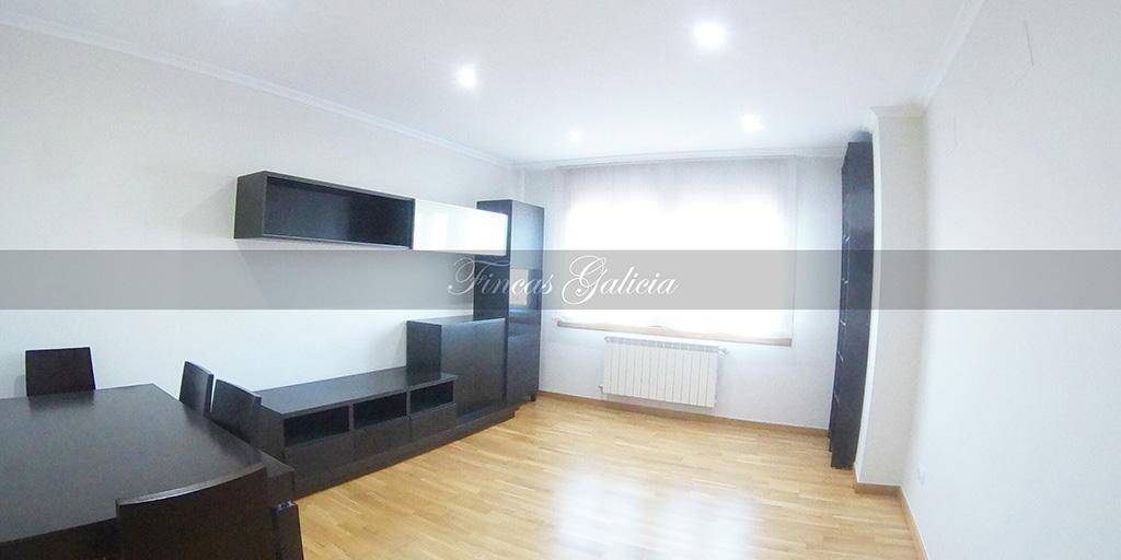 Bonito piso situado en zona céntrica de Verín.