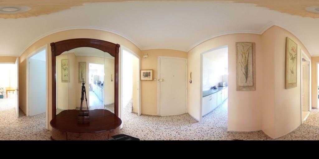 Estupendo piso en la zona de Cartuja.