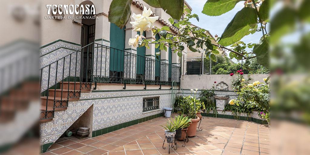 Fantástica Casa en Barrios de Los Periodistas