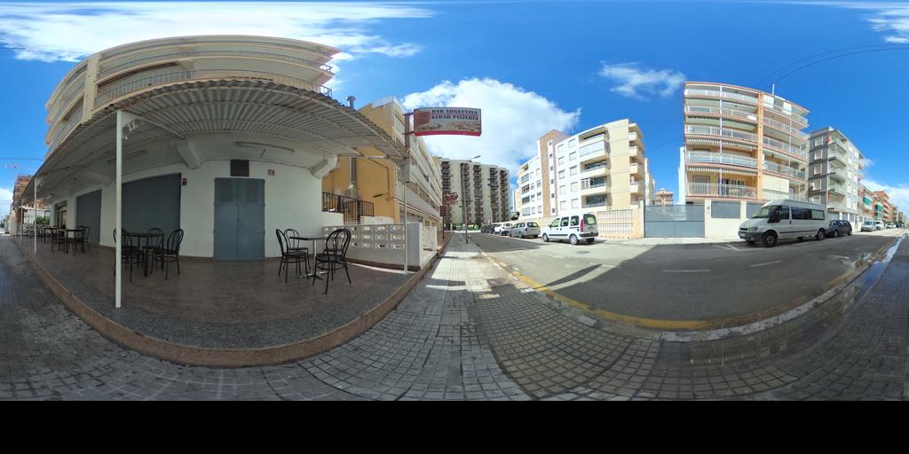 RE/MAX URBE II BAR Y VIVIENDA EN GRAU DE GANDIA