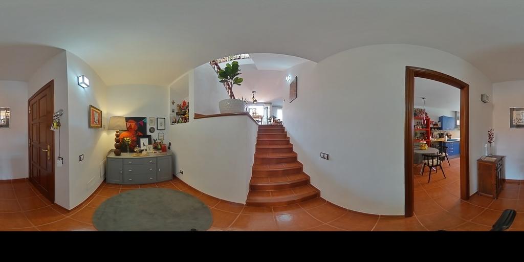 Piso duplex en Arucas con terraza y garaje