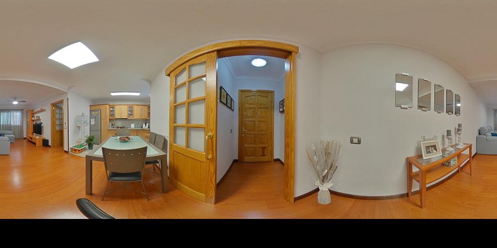 Piso de tres dormitorios en Cardones